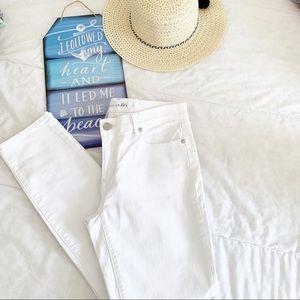 NWOT Ann Taylor Loft Modern Skinny White Jeans 4